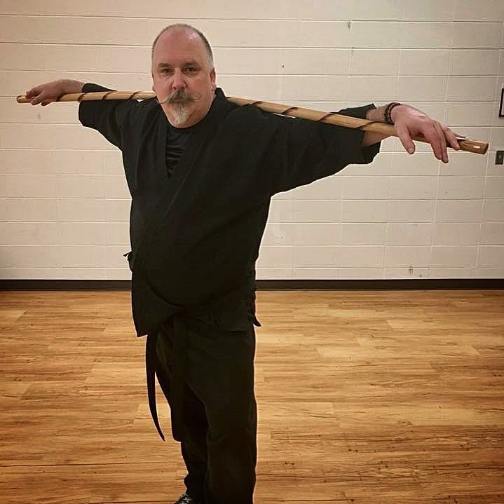Day 17 of #30daysofkarate – a solid two and a half hours in the #dojo tonight, practicing #kata and #teaching a bunch of awesome kids alongside some great friends and fellow instructors. Got some personal #kobudo time with the #bo before anyone else arrived, too. Picking up some more #yoga time tomorrow. And, yes, I'm reusing a picture. 😎 @ando_mierzwa @karateculture #karate #goju #shorei #martialarts #training #strength #meditation #pinan #heian Vaughan Athletic Center