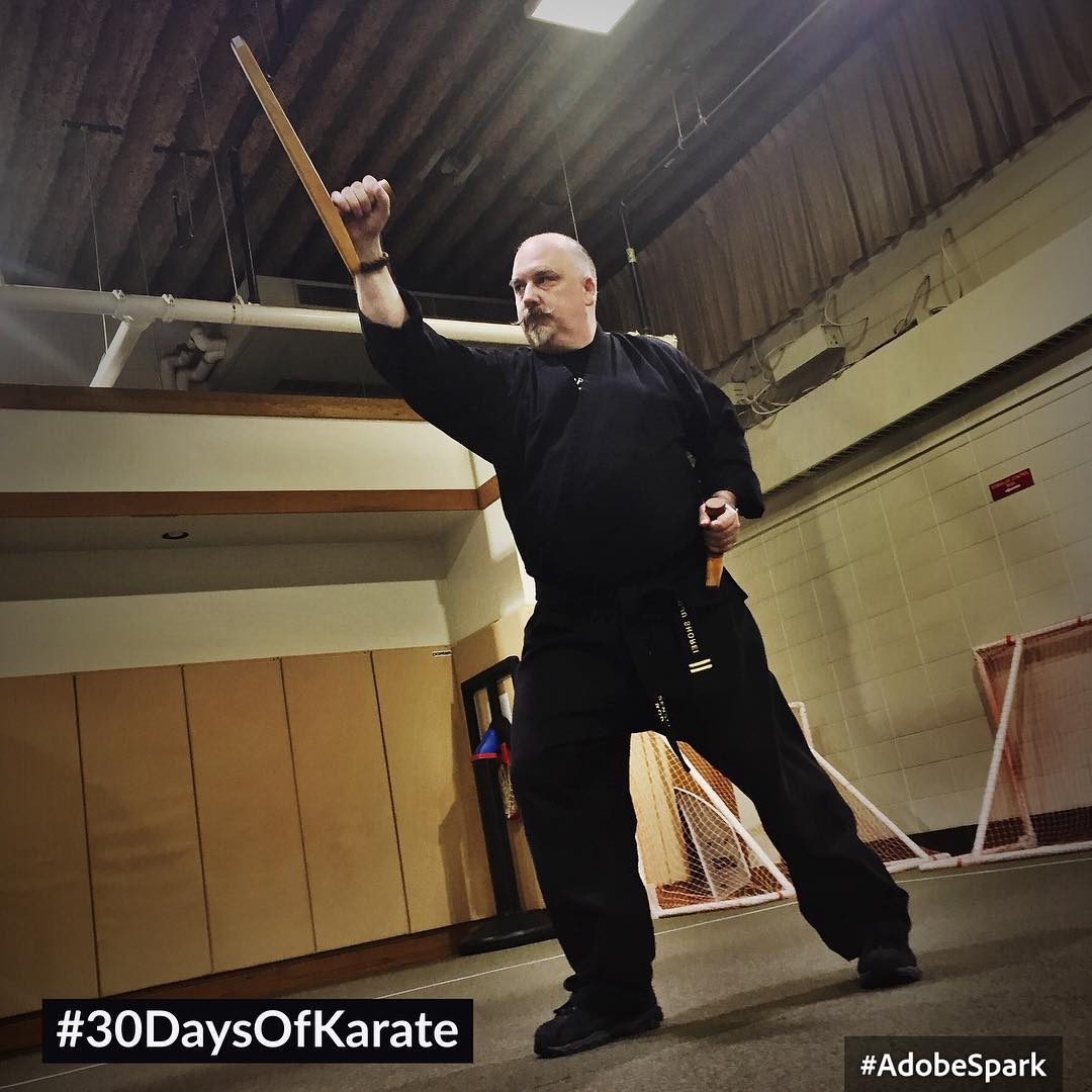 Day 25 of #30daysofkarate – 2 hours in the #dojo tonight, having a great time with Parent Night and my young #karateka then some personal #kobudo time, working with the #tonfa  #martialarts #karate #goju #shorei #training @ando_mierzwa @karateculture Joanne B Wagner Community Center