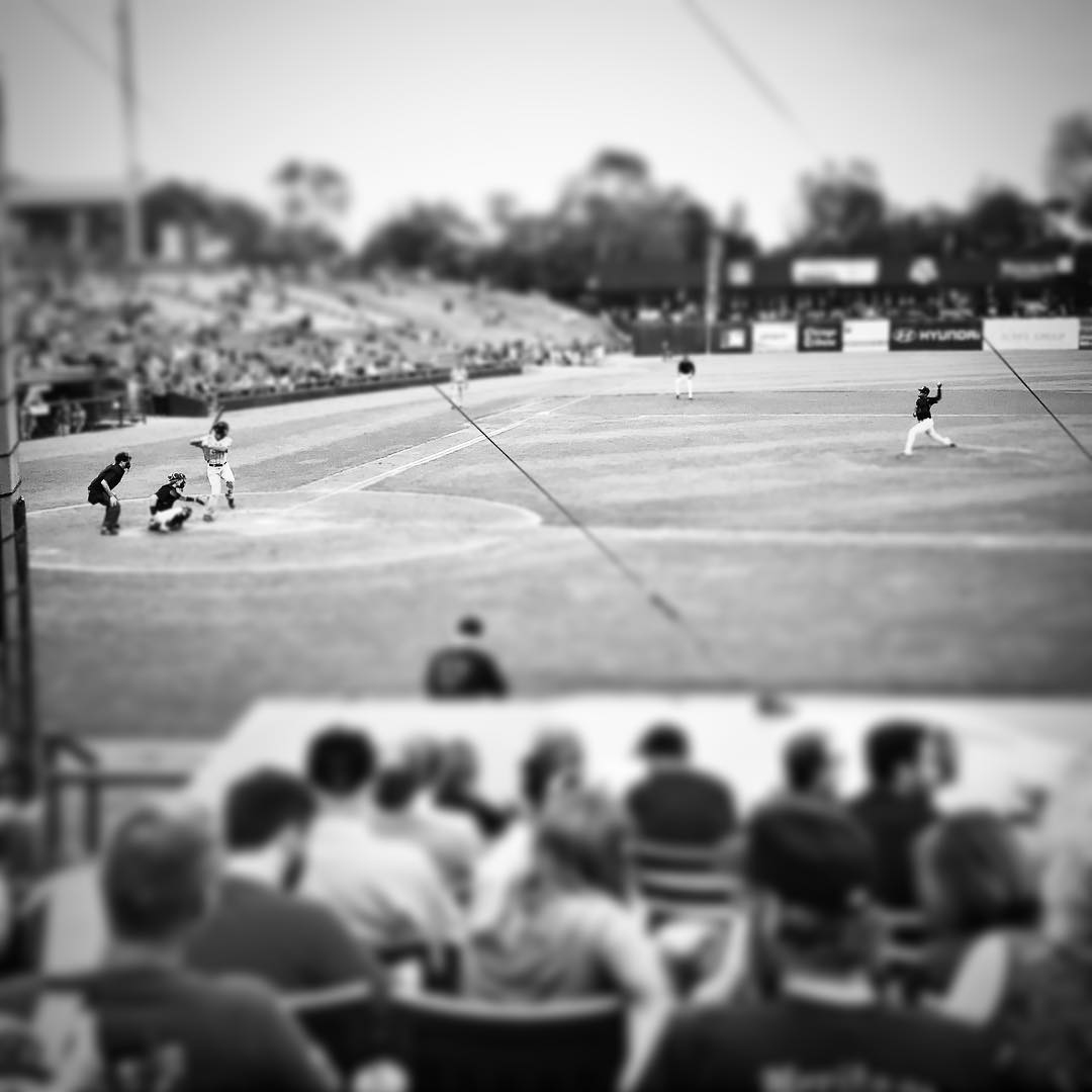 A great night of good ol' American #baseball. #cubscouts #threeriverscouncil  #americaspasttime #takemeouttotheballgame #7thinningstretch #kanecountycougars #kccougars #family