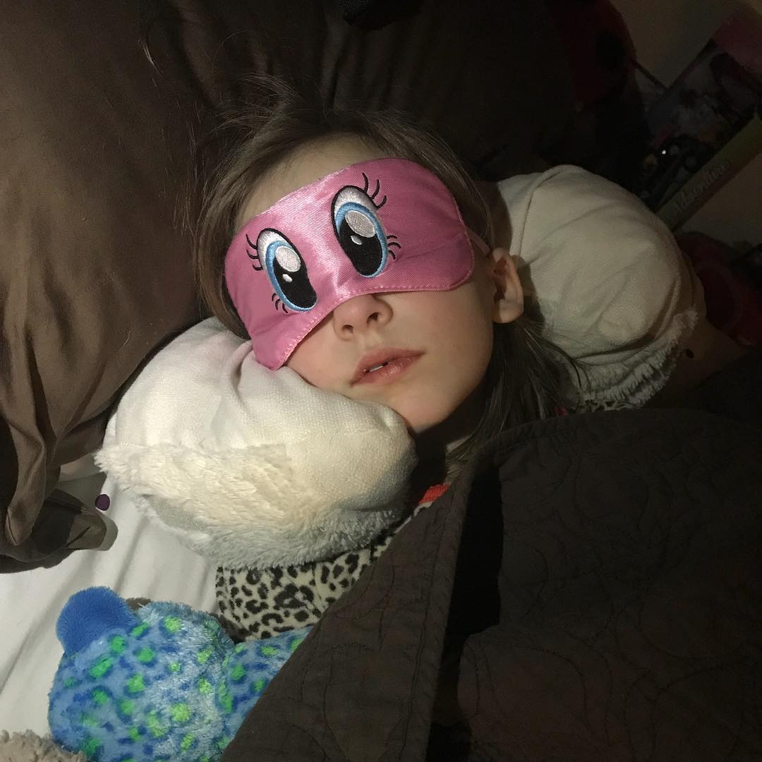 My daughter loves her sleep mask. I'll be truly sorry when she outgrows it. #prouddad #family #toocute #funny #bedtime